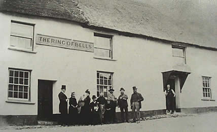 Ring O Bells pub Winkleigh